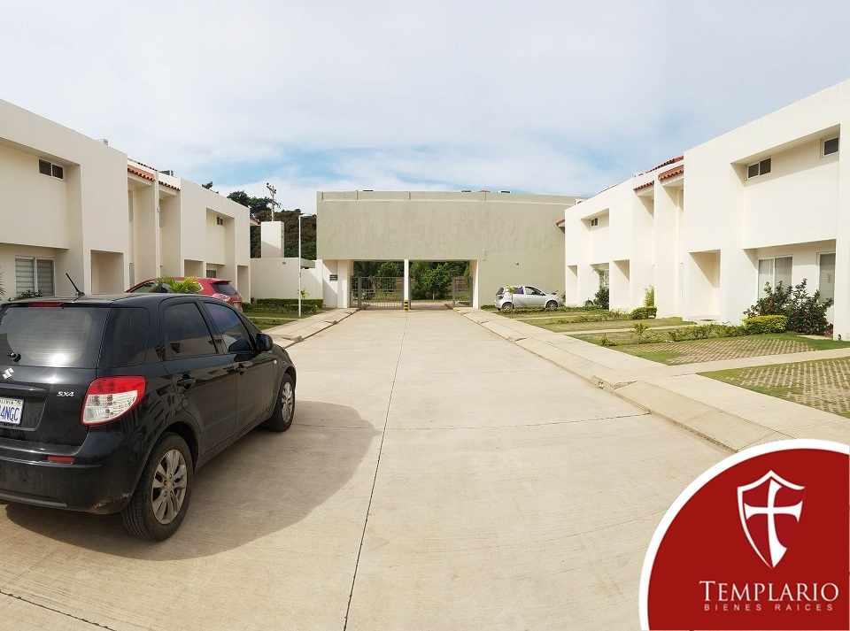 Casa en Alquiler Av. Pirai 6to anillo - Condominio Cavyar - Zona Oeste Foto 12