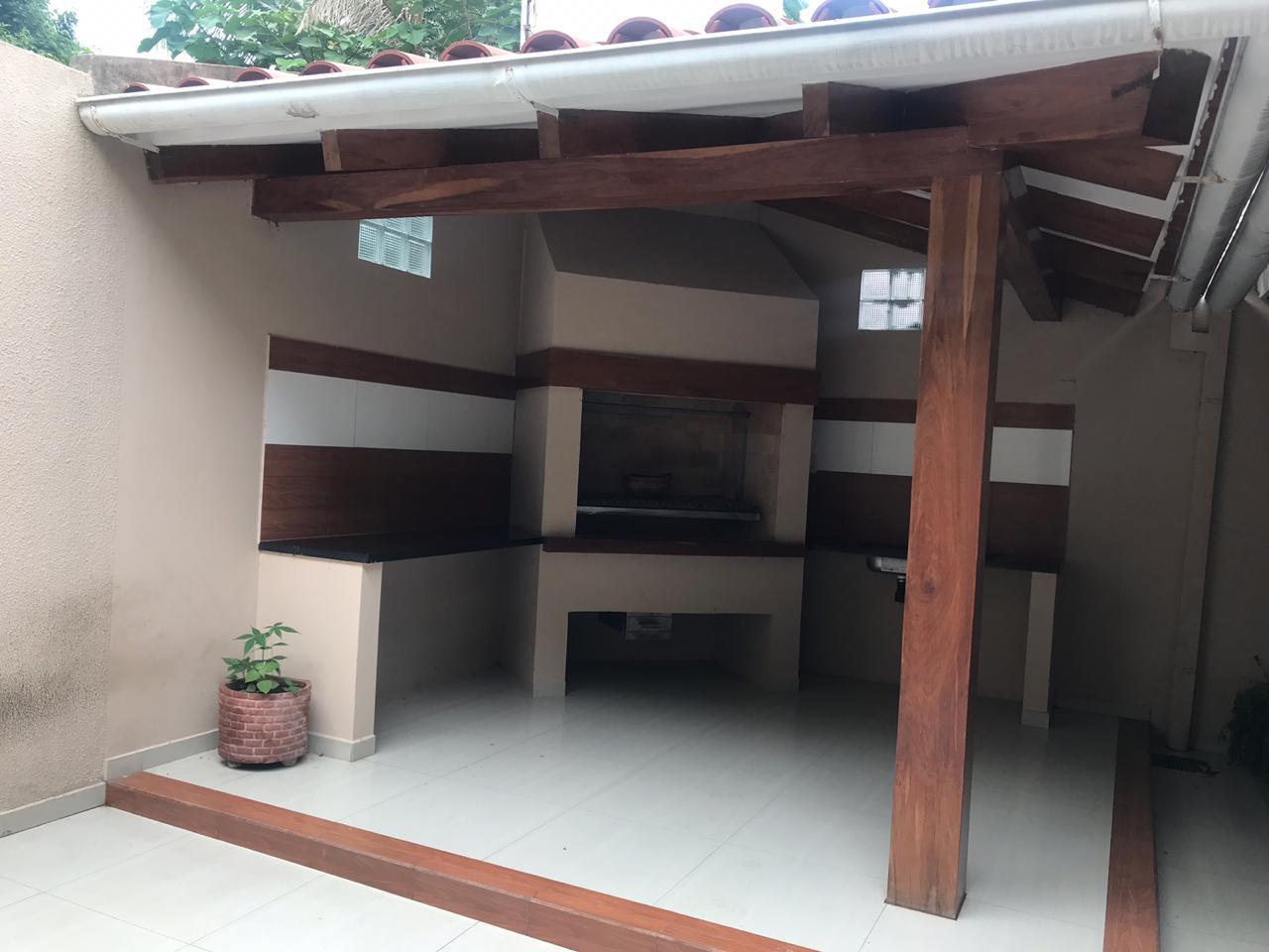 Casa en Venta AV. Hilanderia entre 4to y 5to anillo, entre Av. Pirai y Radial 17/5 Foto 10