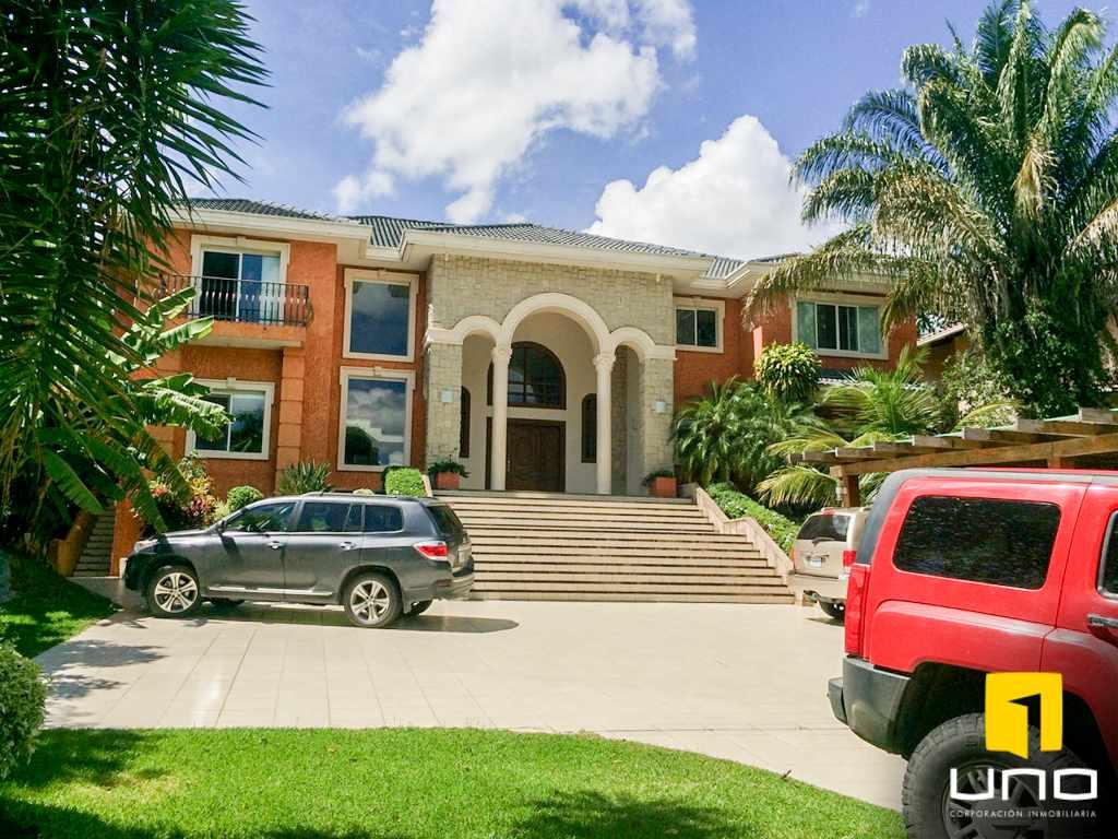 Casa en Alquiler Colinas del Urubo alquilo amplia residencia Foto 6