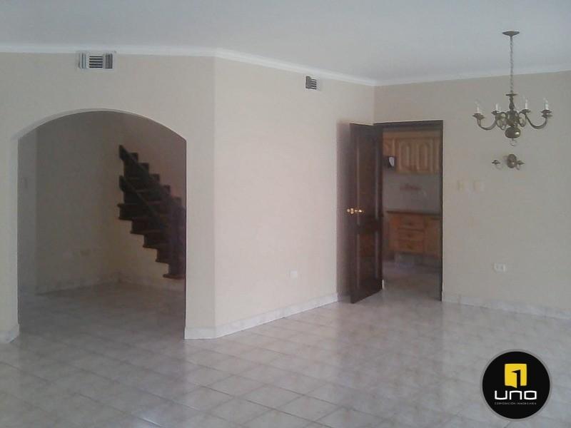 Casa en Alquiler Barrio Las Palmas; Zona Oeste Foto 24