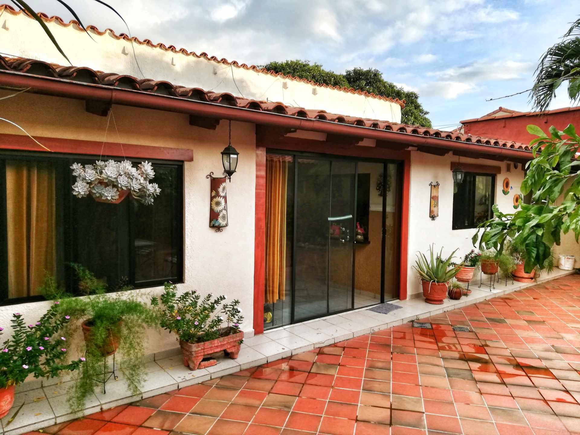 Casa en Venta HERMOSA CASA EN VENTA EN ZONA NORTE Foto 14