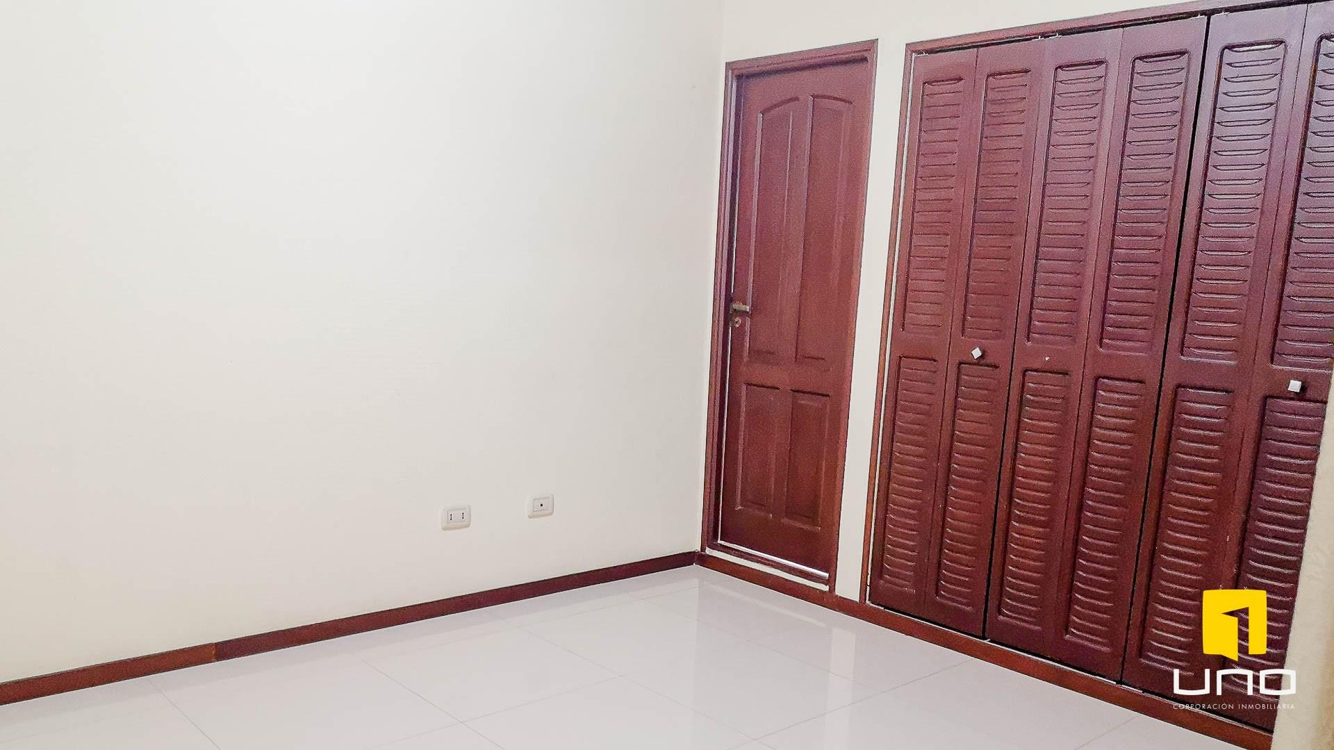 Casa en Alquiler CONDOMINIO HAMBURGO ALQUILO CASA DE 3 SUITES Foto 17
