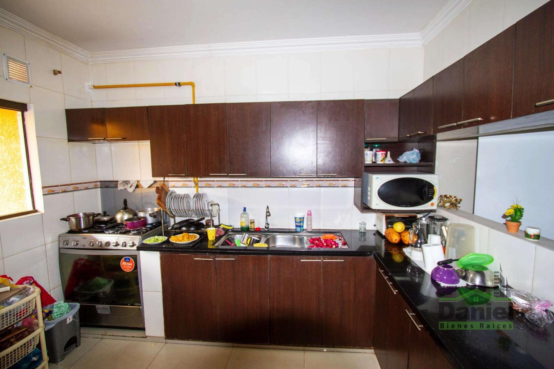Casa en Venta EN VENTA BONITA CASA RADIAL 27 Y CALLE LOS GUAPOS Foto 4