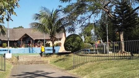 Casa en Alquiler Av. Banzer entre 5to y 6to anillo. Urbanización Ciudad Jardin Foto 8