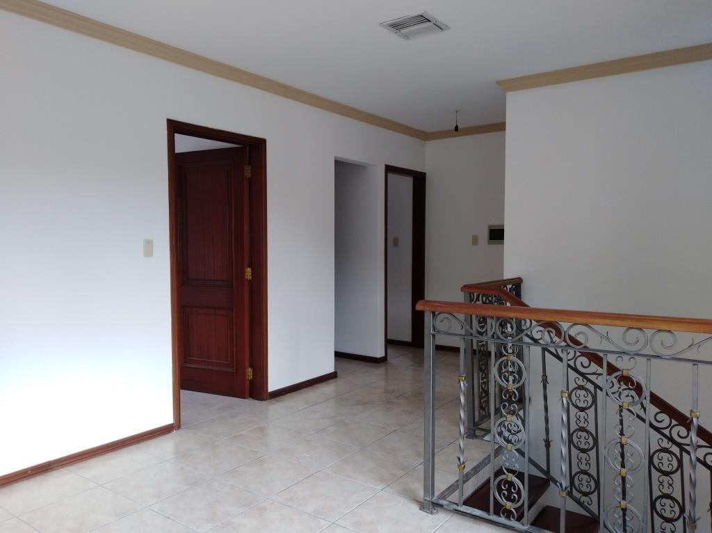 Casa en Alquiler ALQUILO LINDA CASA EN BARRIO PETROLERO SUR (POLANCO) Foto 12