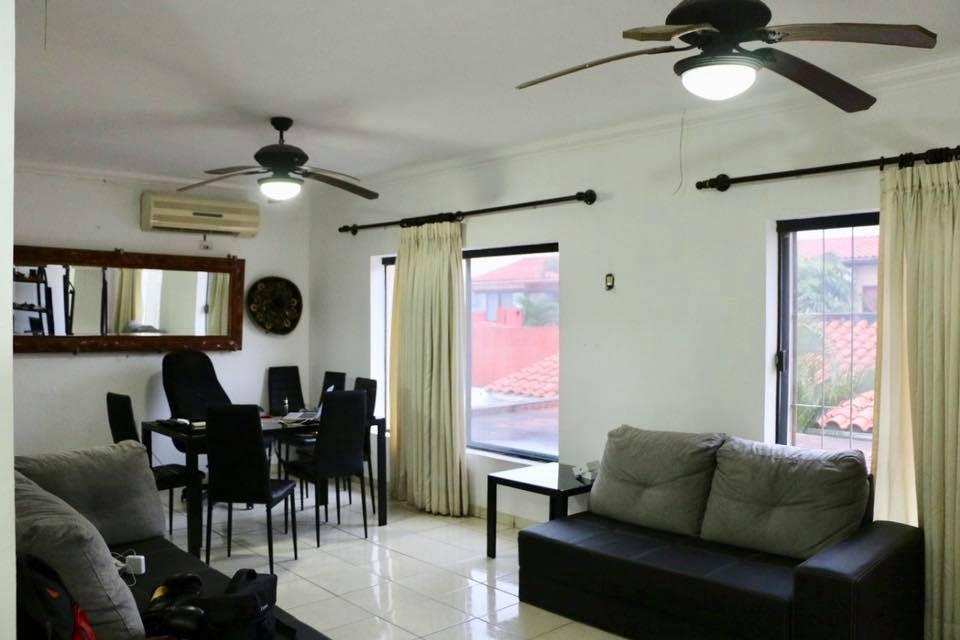Casa en Venta AV. Banzer  Foto 2