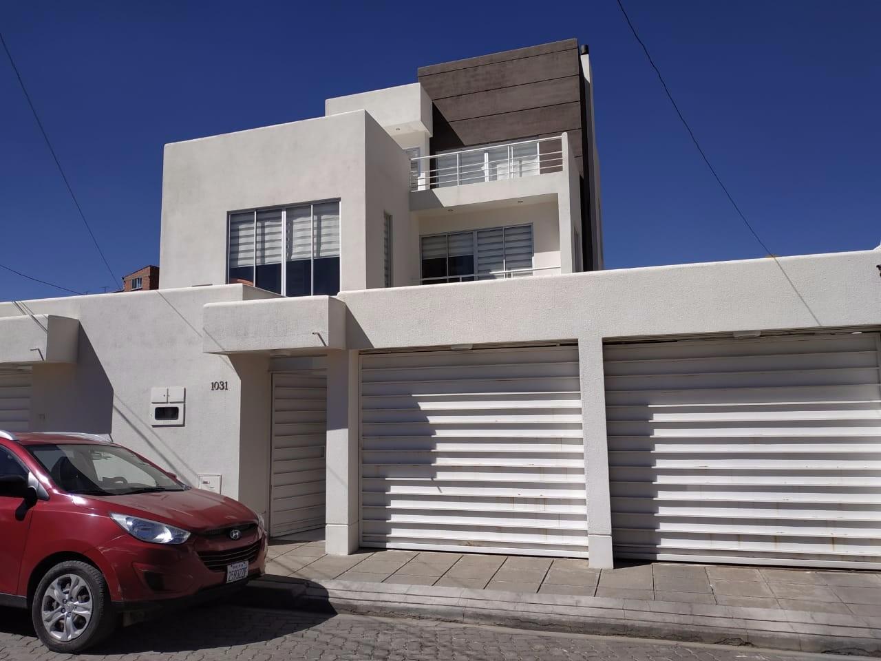 Casa en Alquiler Ciudad Satélite,  a 2mn del teleférico amarillo  Foto 3