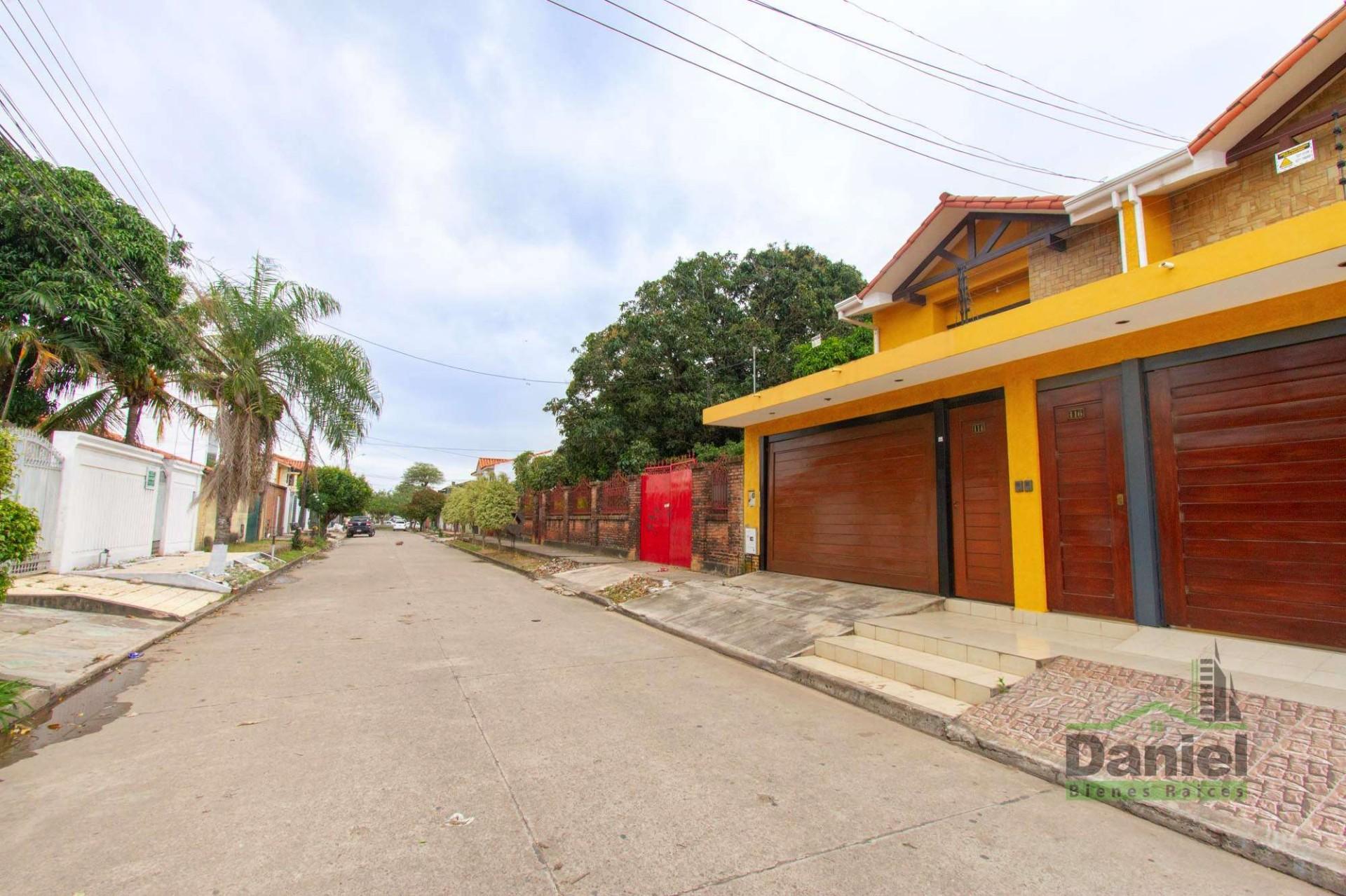 Casa en Venta EN VENTA BONITA CASA RADIAL 27 Y CALLE LOS GUAPOS Foto 21