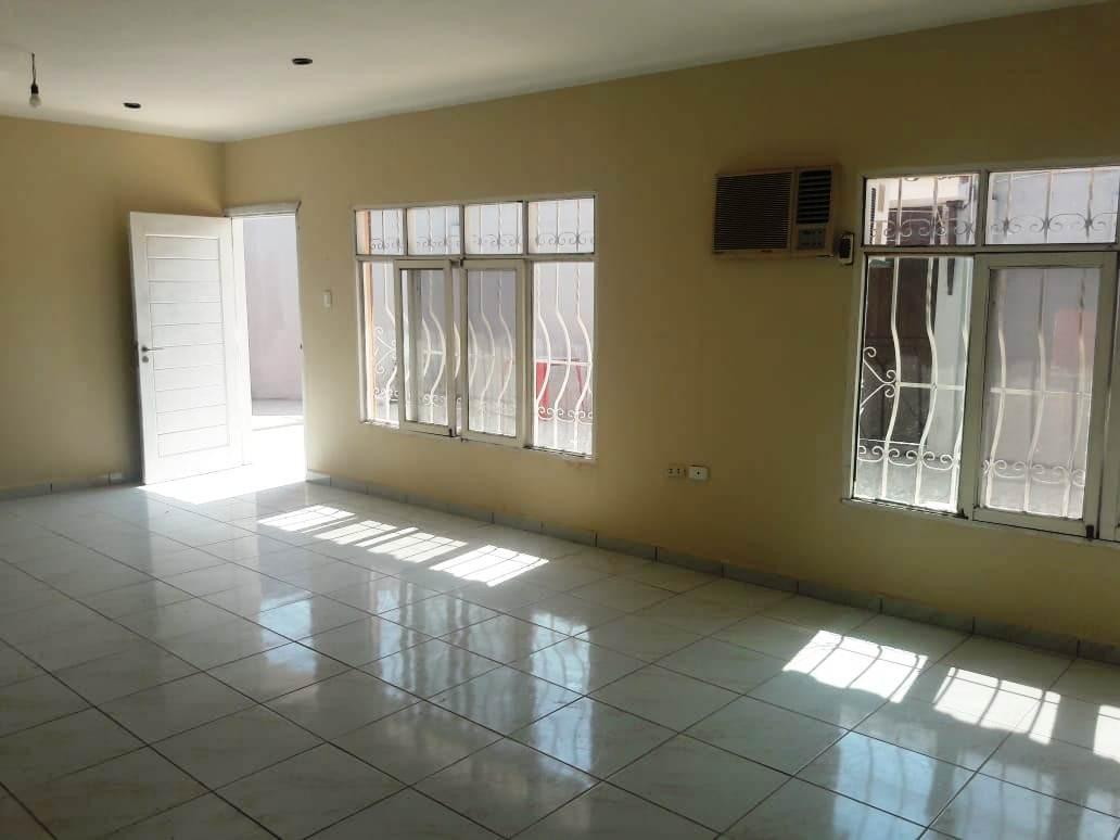 Casa en Venta Calle Combate Riosiño # 3650 Foto 13