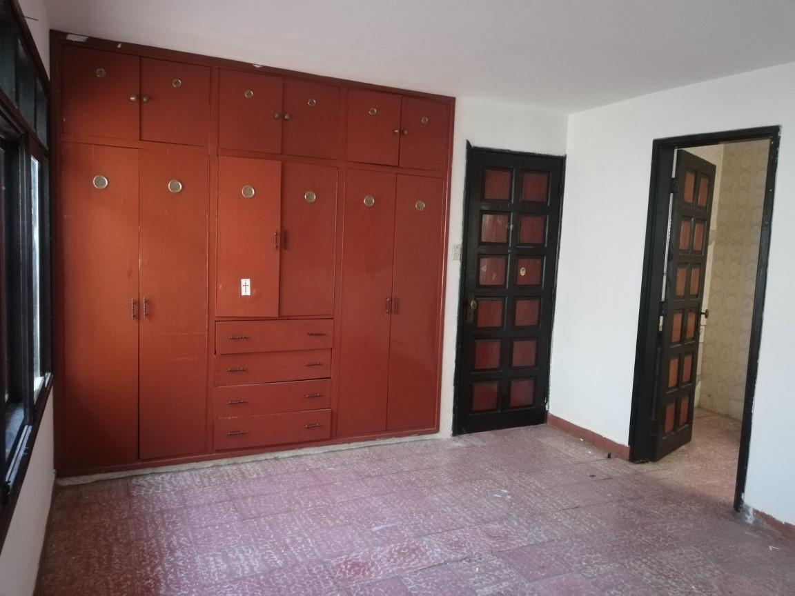 Casa en Alquiler AV. ALEMANA 3ER ANILLO Foto 10
