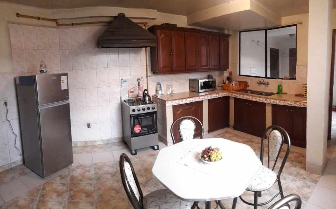 Habitación en Alquiler Miraflores Bajo. A la altura del Monumento Bush. Calle San Salvador casi esq, EEUU.  Foto 2