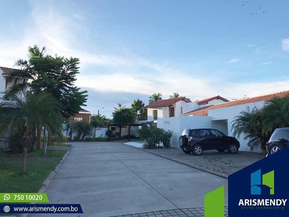 Casa en Alquiler TERCER ANILLO AV. BUSH  Foto 5