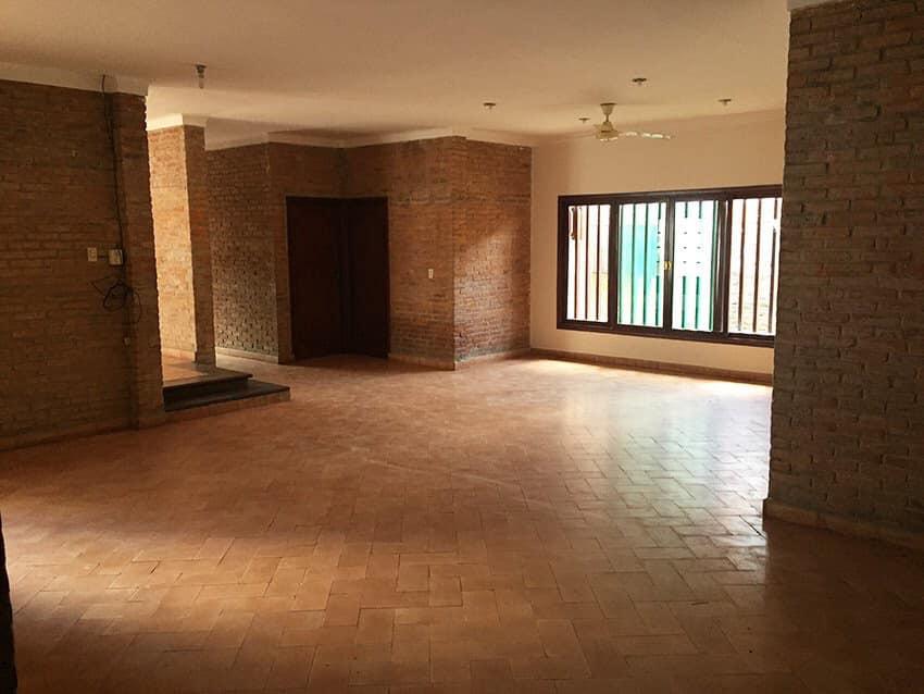 Casa en Venta Av. La Barranca, pasando 3 cuadras el 3er anillo. Foto 5