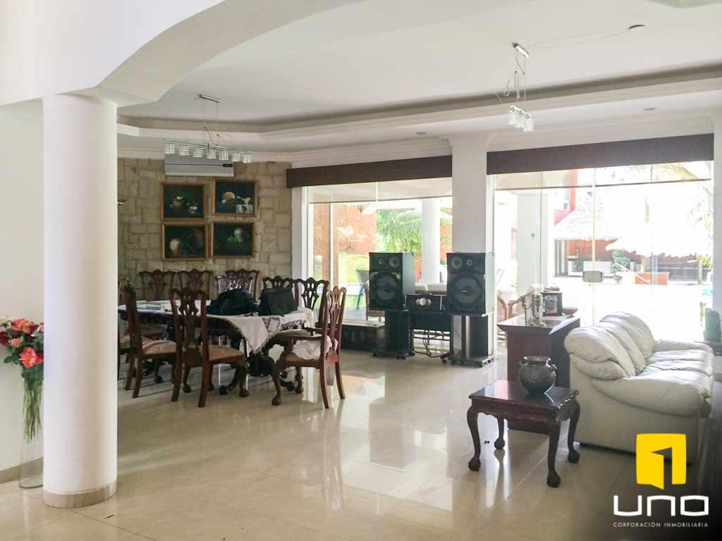 Casa en Alquiler Colinas del Urubo alquilo amplia residencia Foto 5