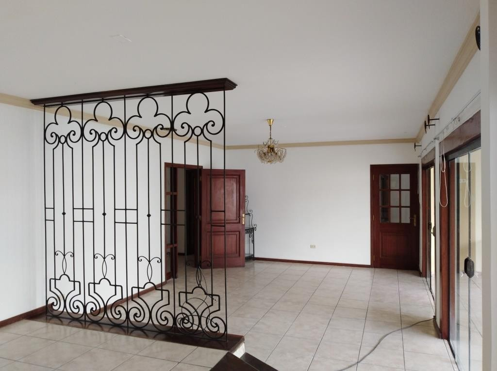 Casa en Alquiler ALQUILO LINDA CASA EN BARRIO PETROLERO SUR (POLANCO) Foto 8