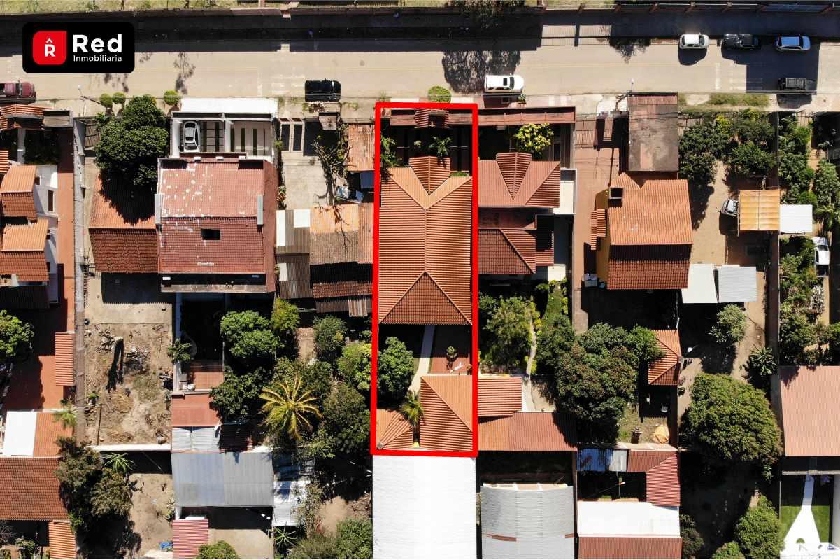 Casa en Venta Los Tusequis, Avenida 2 de Agosto Calle Zula. Foto 4