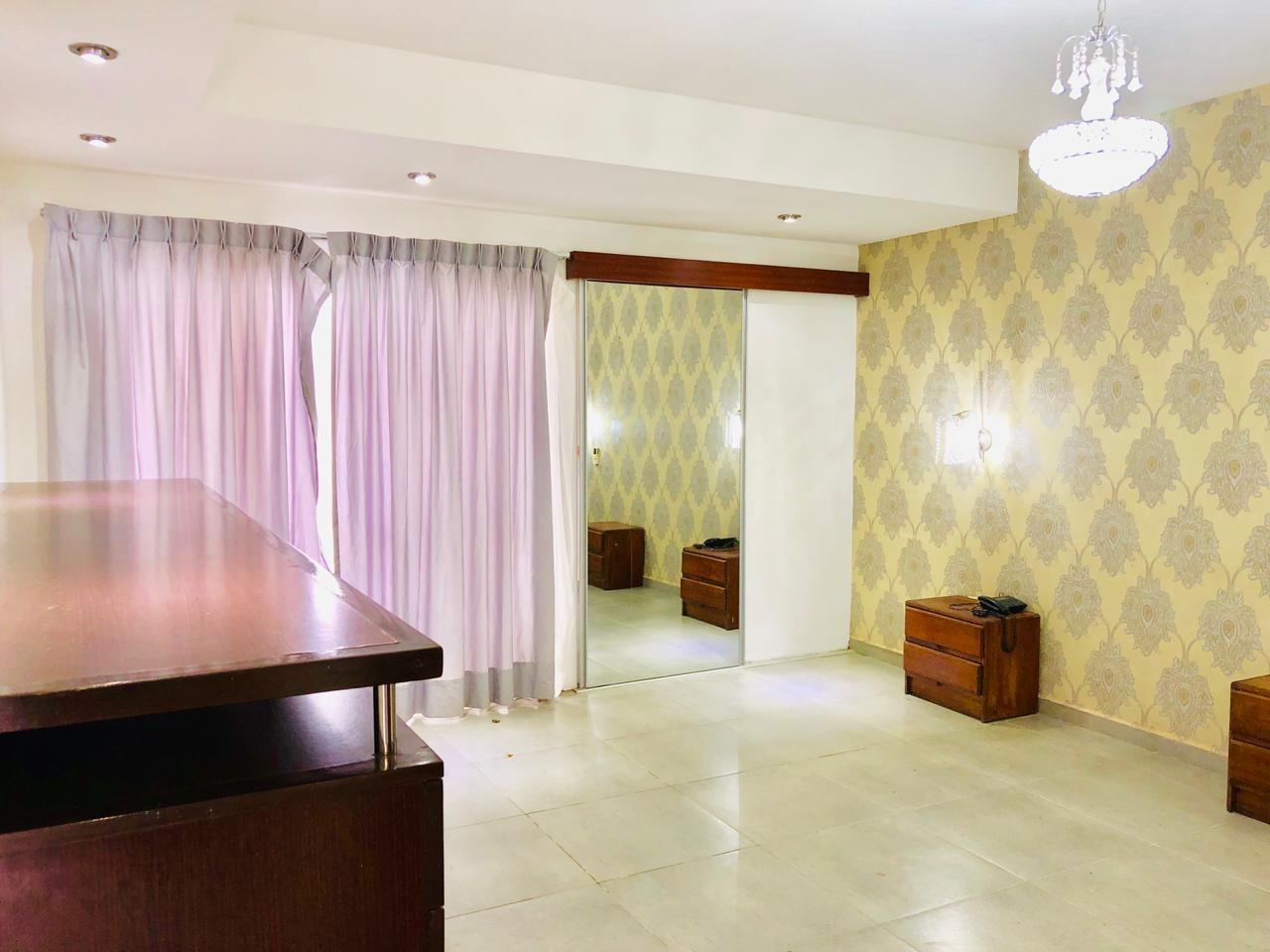 Casa en Alquiler Zona Urubo - Condominio Jardines del Urubo - lado de Restaurante Casa del Camba - a 1 minuto del Puente principal. Foto 25