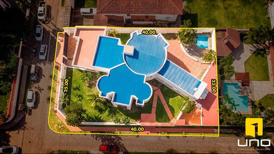 Casa en Alquiler HERMOSA RESIDENCIA EN LA MEJOR ZONA DEL BARRIO LAS PALMAS Foto 2