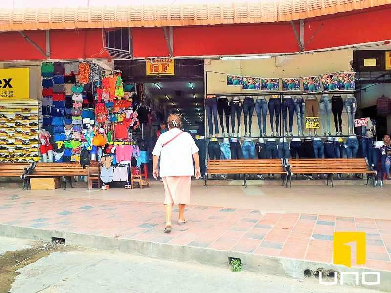 Local comercial en Venta ESTRATÉGICO LOCAL COMERCIAL  Foto 5