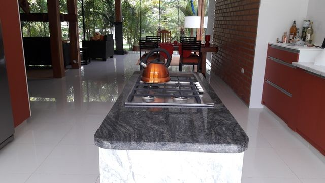 Casa en Alquiler HERMOSA CASA EN ALQUILER JARDINES DEL URUBO Foto 3