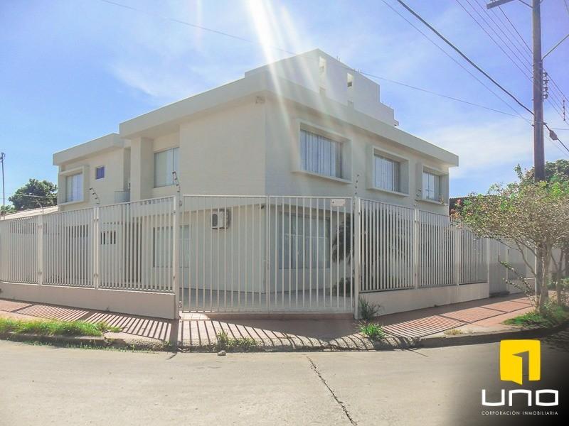 Casa en Alquiler ZONA AV. ROCA CORONADO ENTRE 2DO Y 3ER ANILLO, EXCLUSIVAMENTE PARA OFICINAS DE EMPRESAS Foto 2