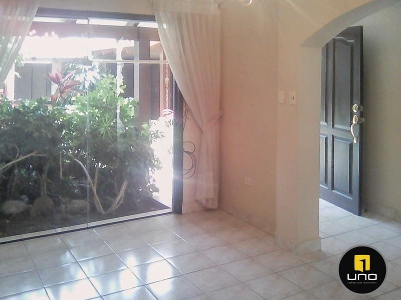Casa en Alquiler Barrio Las Palmas; Zona Oeste Foto 9