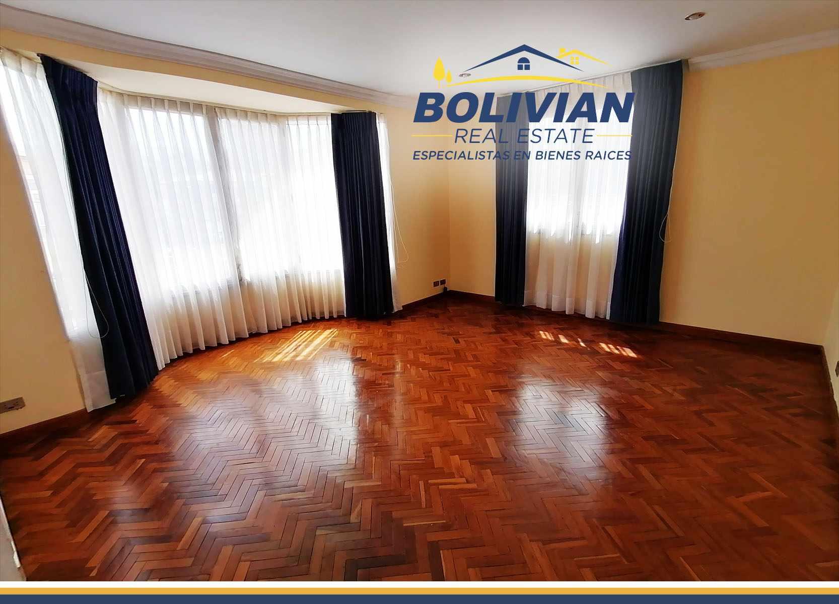 Oficina en Alquiler CALACOTO AMPLIA CASA IDEAL PARA OFICINAS Foto 12