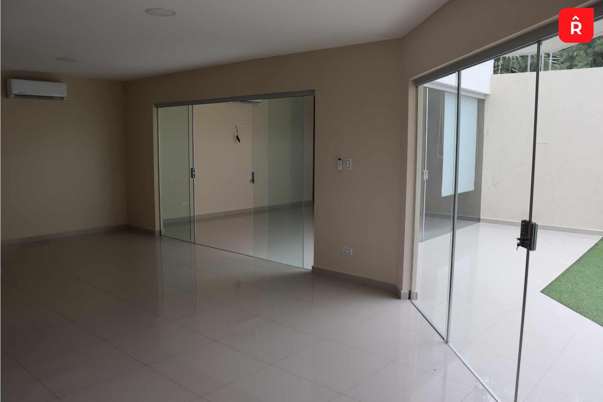 Casa en Alquiler Condominio Villa Esmeralda Norte Foto 3