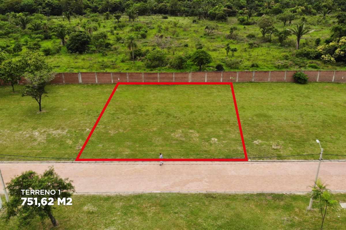 Terreno en Venta Urubo condominio Arelis lado salón de eventos Emperador Foto 21