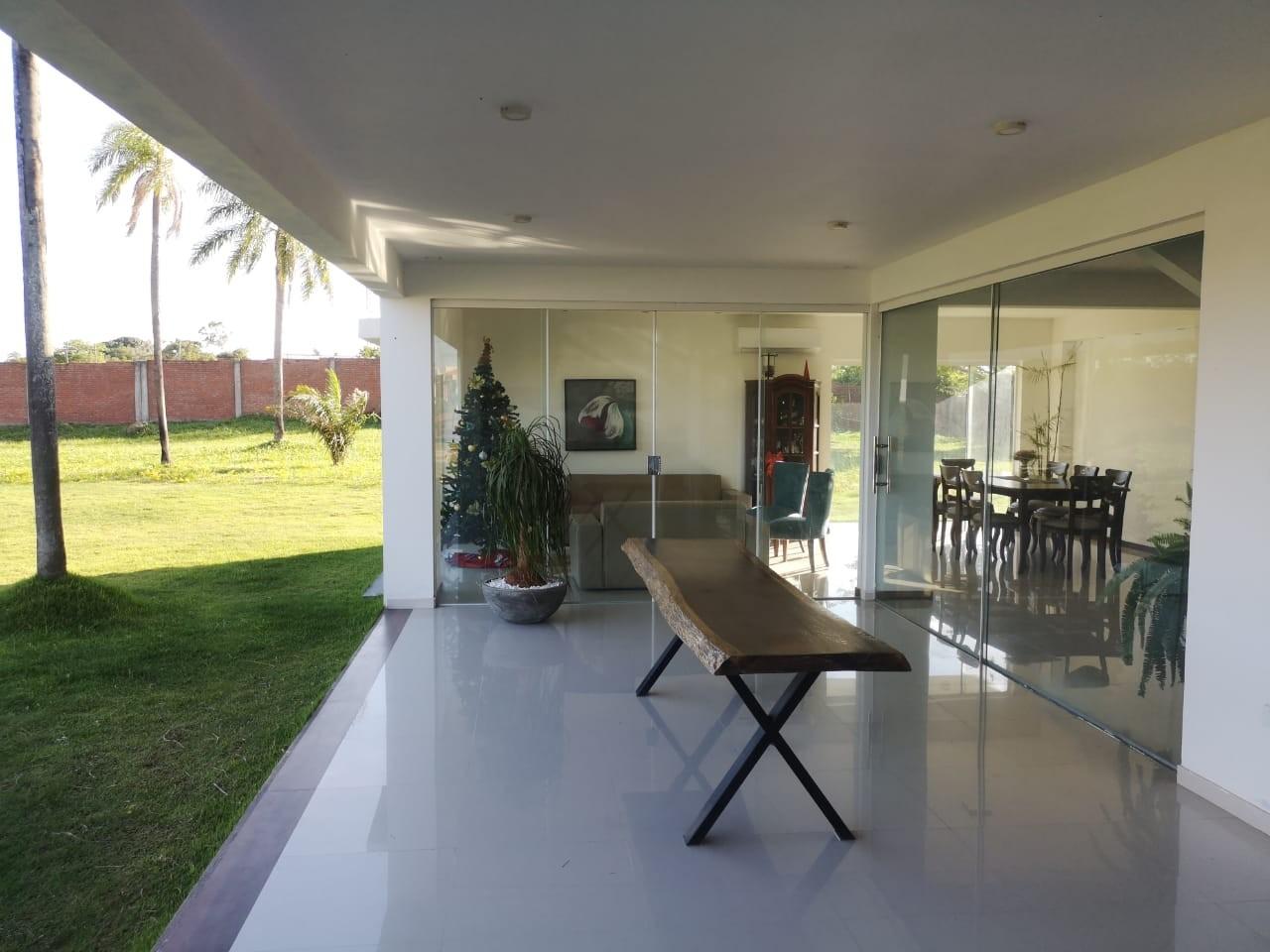Casa en Venta ¡MODERNA Y AMPLIA CASA EN VENTA EN EL CONDOMINIO CERRADO LOMAS DEL BOSQUE, URUBO! Foto 10