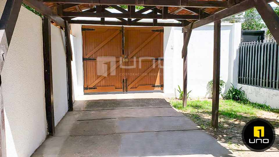 Casa en Alquiler CASA DE 1 PLANTA SOLO PARA OFICINA EN EL BARRIO EQUIPETROL Foto 14