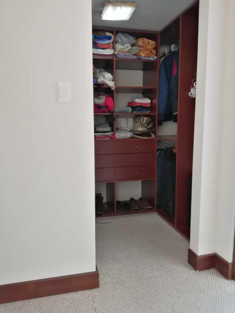 Departamento en Alquiler ACHUMANI, SECTOR SAN RAMON CALLE 28 I EDIFICIO ESPACIOS DE ACHUMANI PISO 6  Foto 8