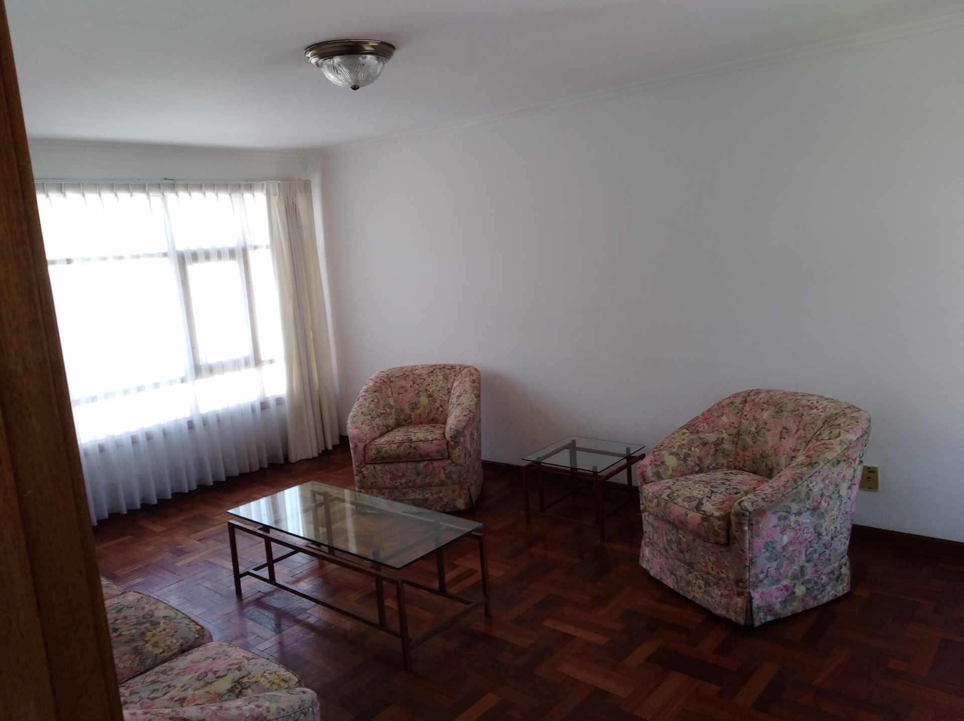 Casa en Alquiler CALACOTO calle 16 a 1/2 cuadra de la Av. Julio C. Patiño.  Foto 42
