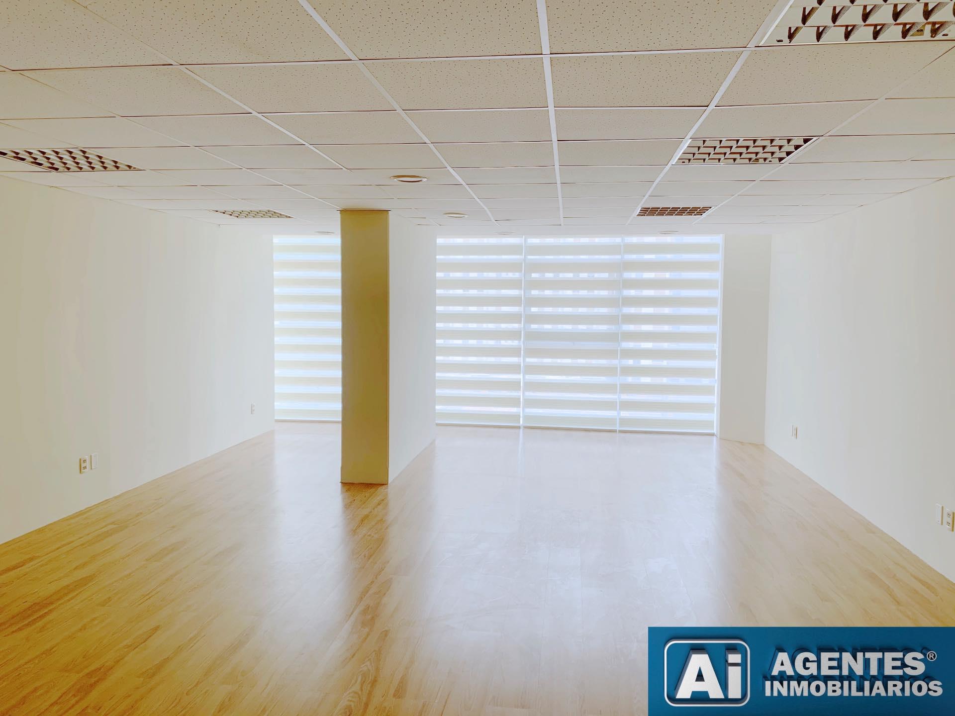 Oficina en Alquiler Av. ARCE Foto 3