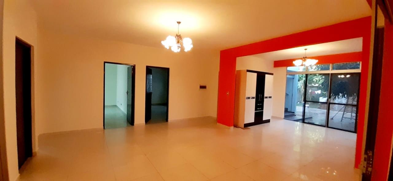 Casa en Alquiler Zona el Bajio, entre Av. Doble Via la Guardia y Radial 17 1/2, km 6 Foto 10