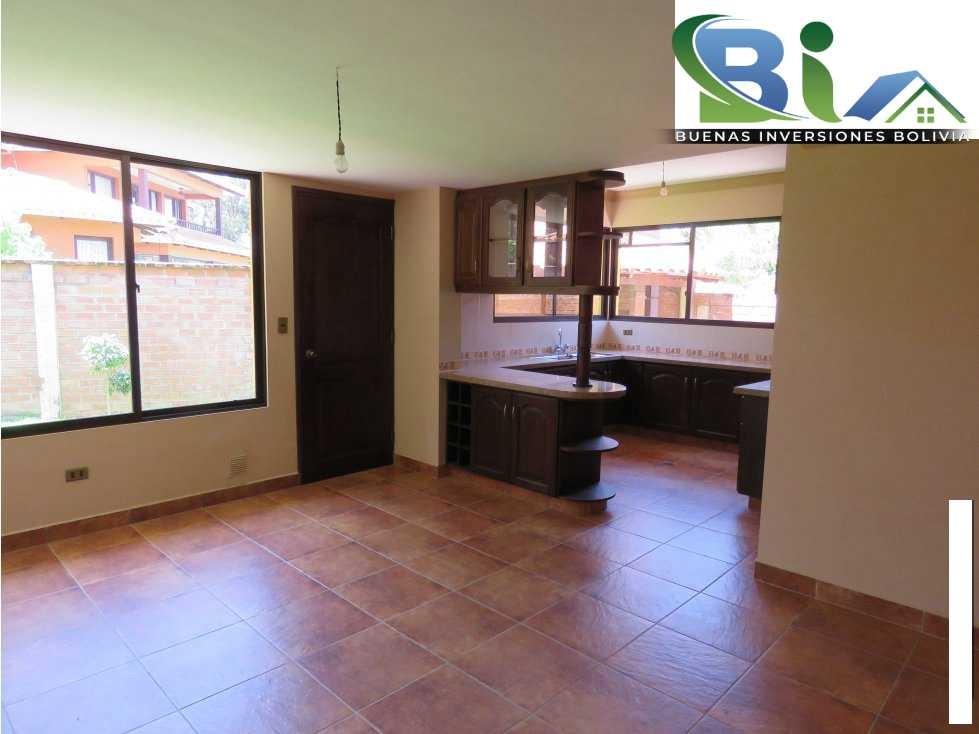Casa en Alquiler $us.850 ALQUILER CASA 4 SUITES EN CONDOMINIO PROX. COL. TIQUIPAYA Foto 7