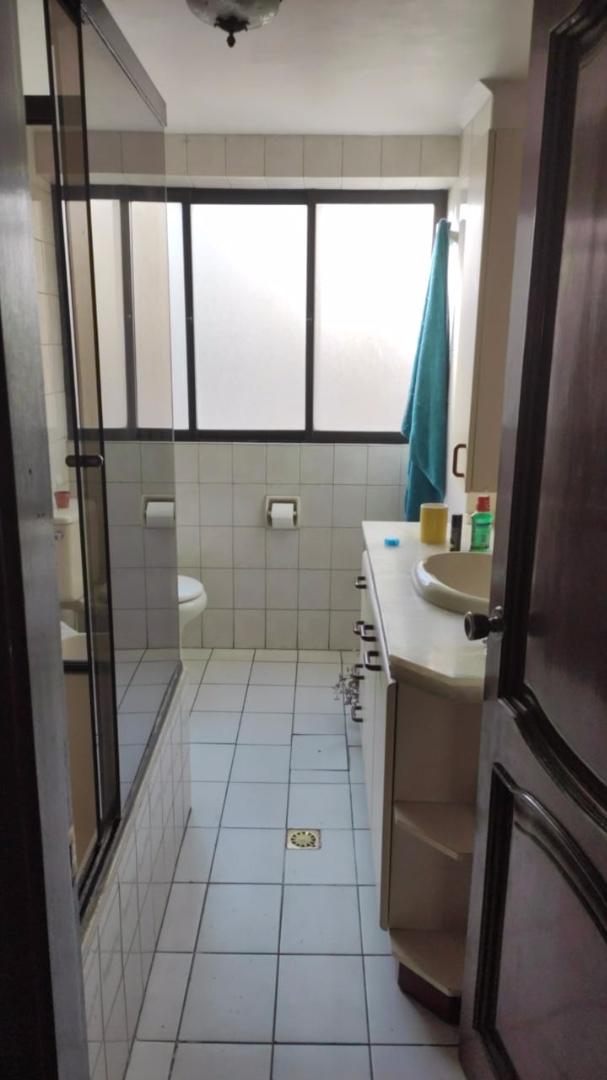 Departamento en Alquiler AV ARCE -DEPARTAMENTO TOTALMENTE AMOBLADO SOLEADO  - 4 dormitorios Foto 9