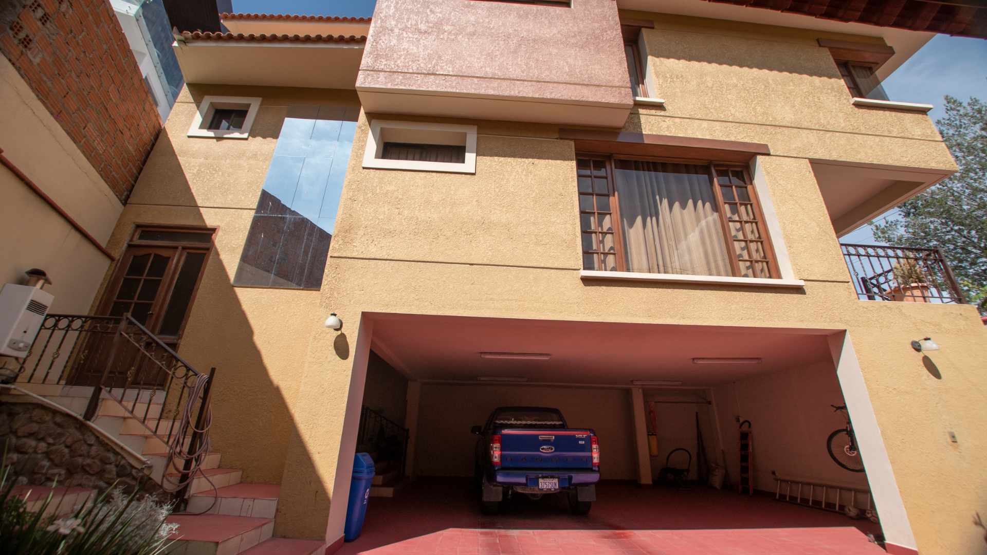 Casa en Alquiler Calle Paraiso Barrio Irlandes Foto 3