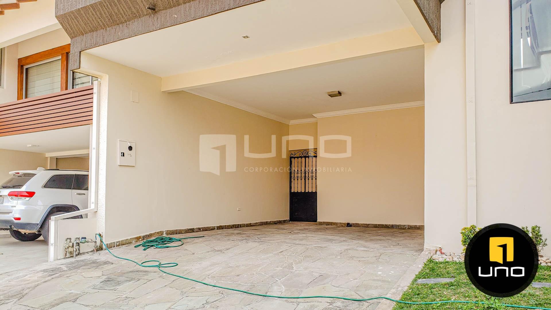 Casa en Alquiler CONDOMINIO BARRIO NORTE AMPLIA CASA EN ALQUILER Foto 12