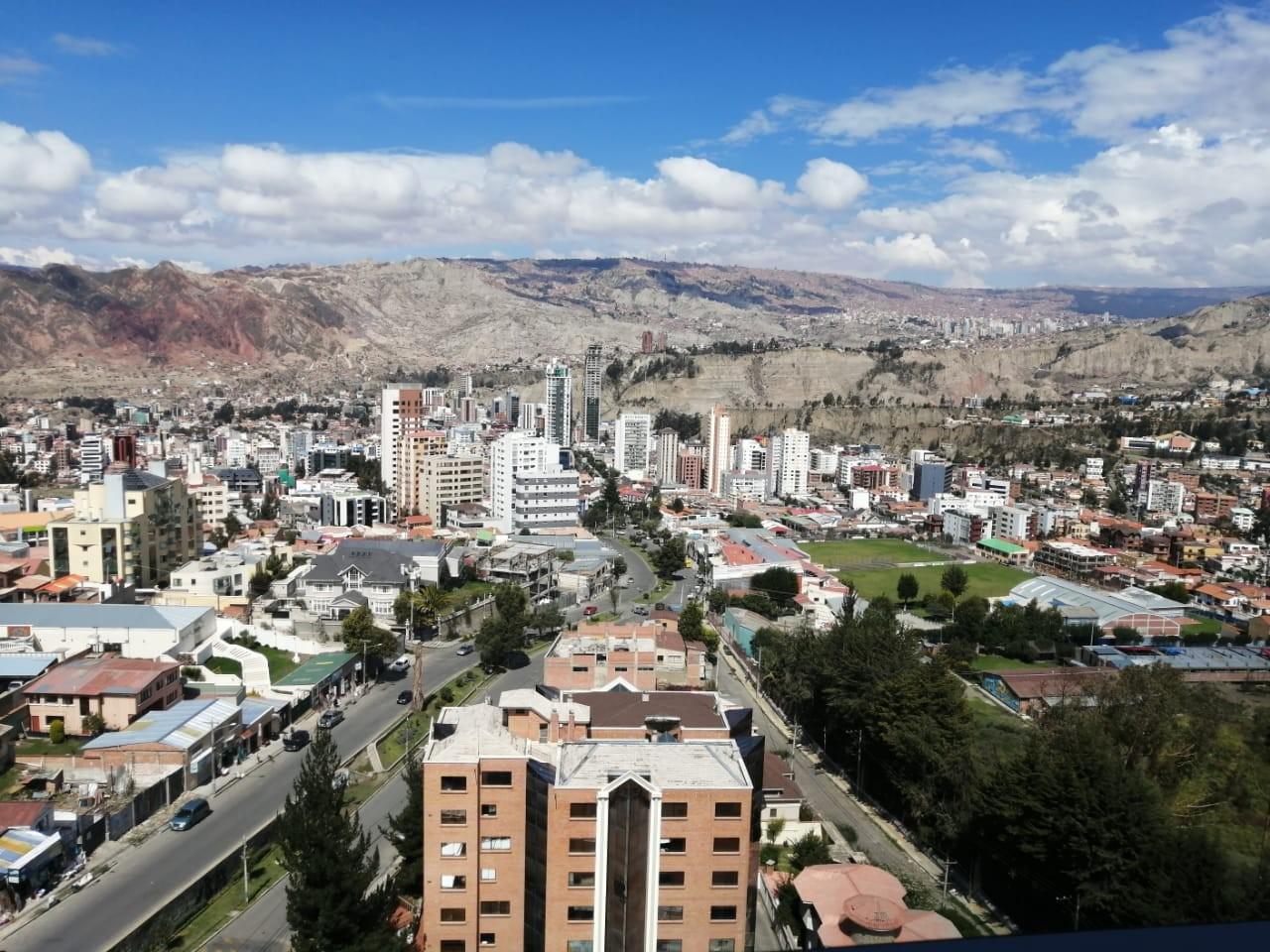 Departamento en Alquiler ALQUILER PENTHOUSE AMOBALDO DE 245 mtrs   EN COTA COTA Foto 2