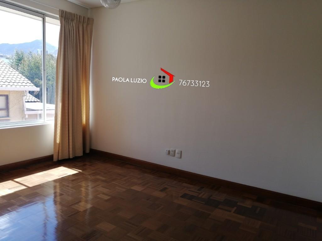 Casa en Alquiler Calacoto  Foto 17