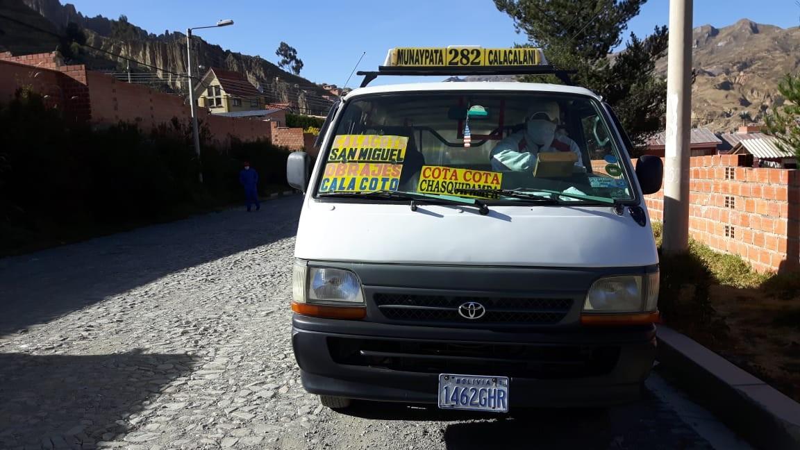 Casa en Anticretico Casa en ANTICRETICO NO MASCOTAS Las Rosas Zona Achumani La Paz todos los servicios y jardines Foto 37
