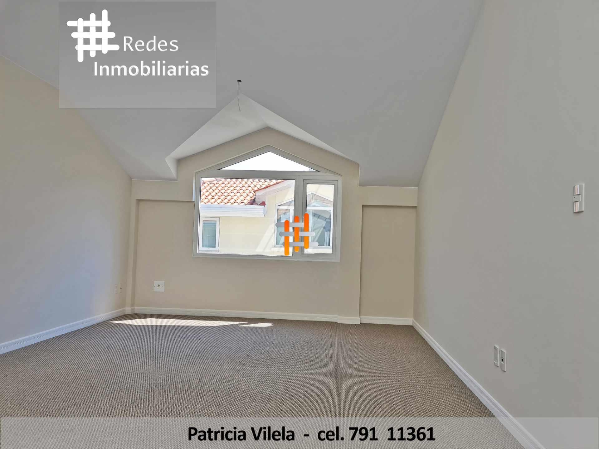 Casa en Venta PRECIOSA CASA EN VENTA CERCA DE UNIVERSIDAD PRIVADA BOLIVIANA  Foto 2