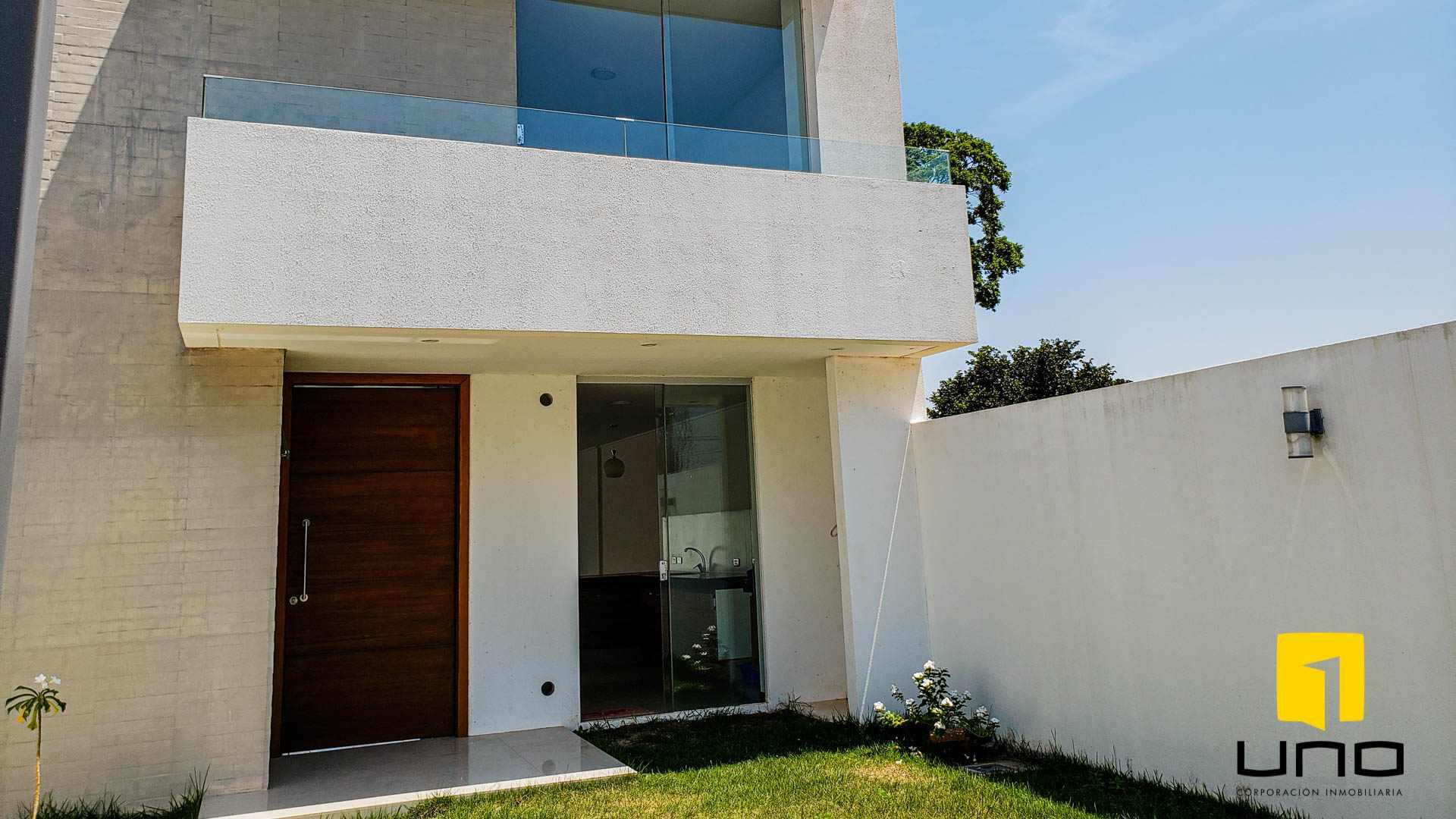 Casa en Venta  MODERNA CASA A ESTRENAR  AVENIDA ALEMANA Foto 18