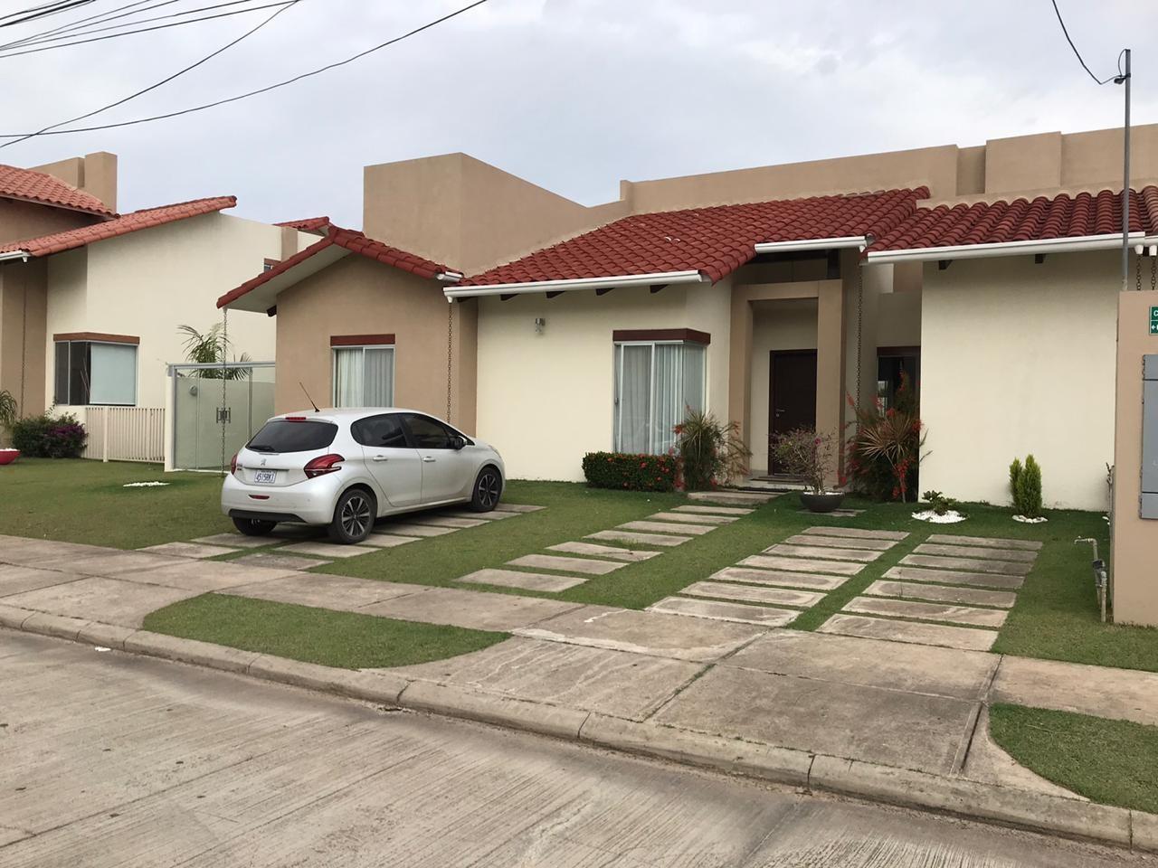 Casa en Venta Condominio Santa Cruz De la Colina Foto 5