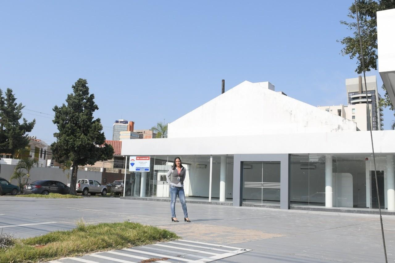 Local comercial en Alquiler Av. La Salle , Calle pasaje Guemes   Foto 11