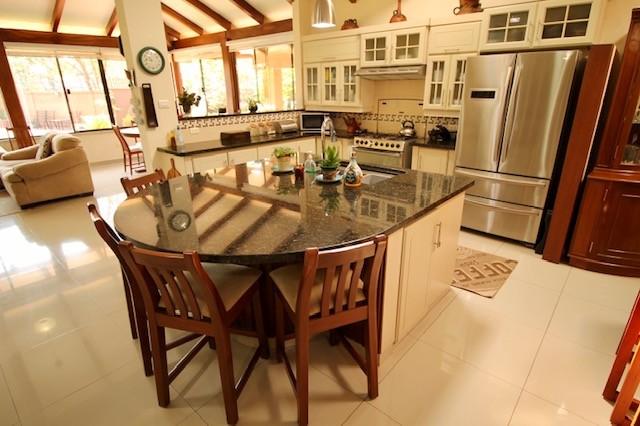 Casa en Venta 8vo Anillo El Remanso condominio Villa Doria Pamphilli Foto 21