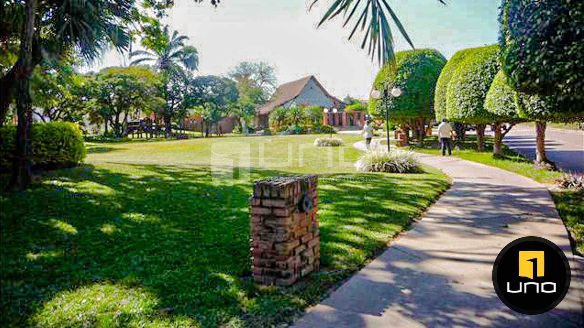 Casa en Alquiler CONDOMINIO BARRIO NORTE AMPLIA CASA EN ALQUILER Foto 11