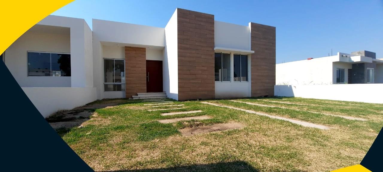 Casa en Venta AV BANZER, KM 8 1/2. (A 1min de la Av. Banzer) Foto 2
