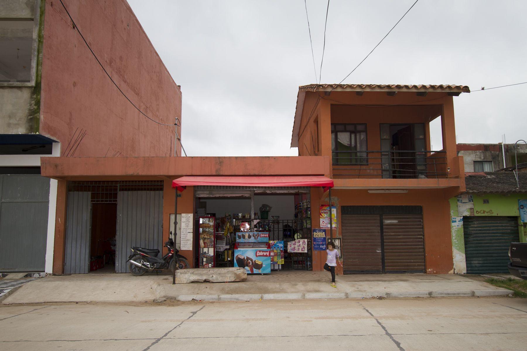 Casa en Venta CASA PARA NEGOCIO BARRIO LAS PAMPITAS Foto 4